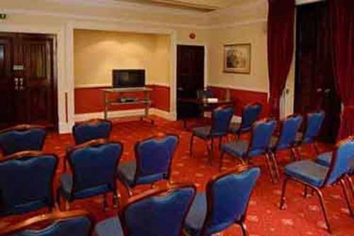 chilworth-manor-meeting-space-27-83920